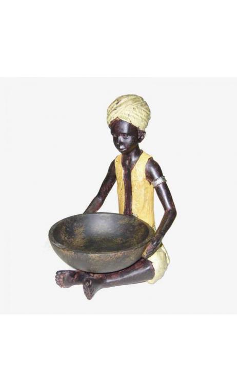 Niño africano cuenco